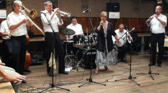 uitsnede-wooltown-jazz-band-2010