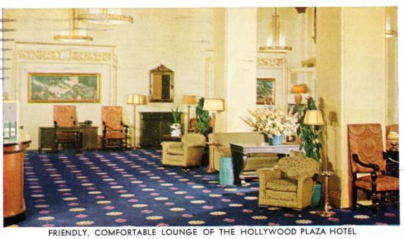HollywoodPlaza