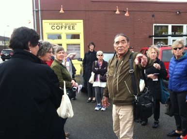 Tom LaBlanc begins the walking tour of Franklin Ave.